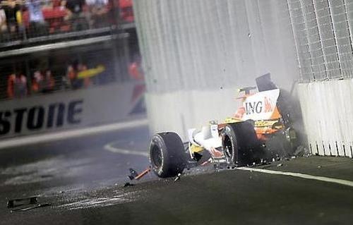 piquet-crash1