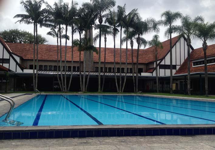piscina fer